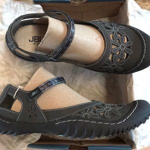 JUB Shoes